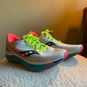 Saucony Women's Endorphin Speed Running Shoe 9.5